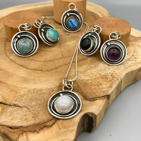 Combo-pendants-hangers-moonstone-labradoriet-amazoniet-aquamarine