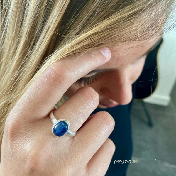 Model-Kyanite-kyaniet-ring-zilver