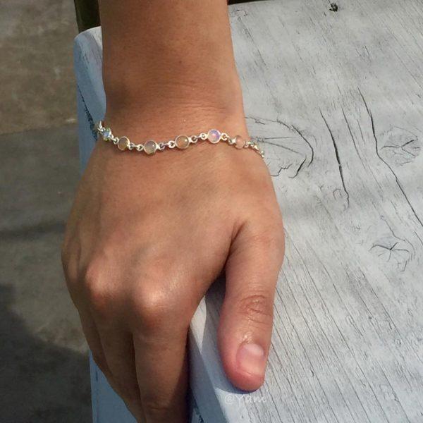 armband-model-zilver-opaal