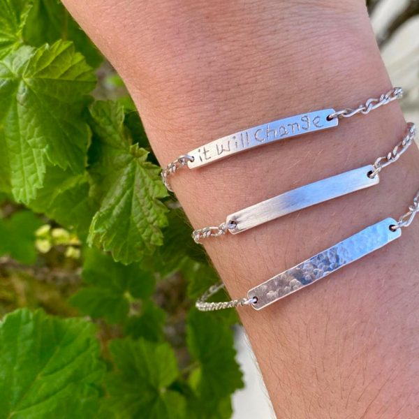 combo-model-armbanden-zilver-hammered-itwillchange
