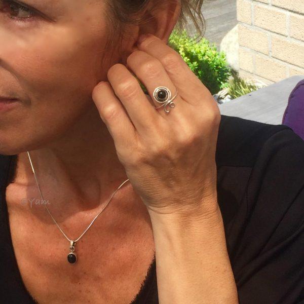 combo-model-pendant-ring-onyx
