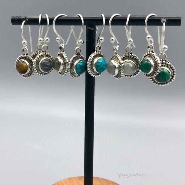 combo-oorringen-halfedelstenen-rond-turquoise-turkoois-maansteen-malachiet-labradoriet-tijgeroog-1.jpg