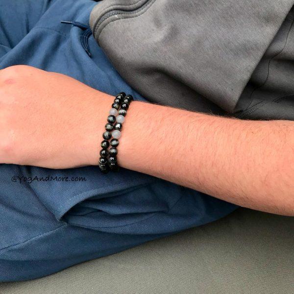 model-grey-tigereye-tijgeroog-maansteen-grijs-moonstoon-tigerseye-armband-bracelet