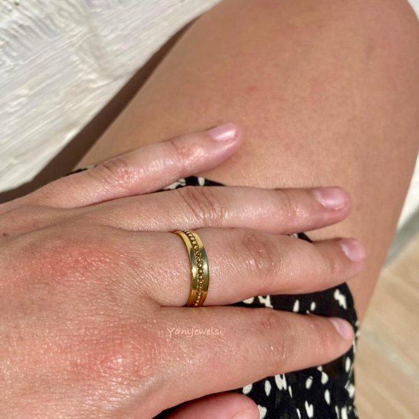 model-ring-brass-koper-dots-