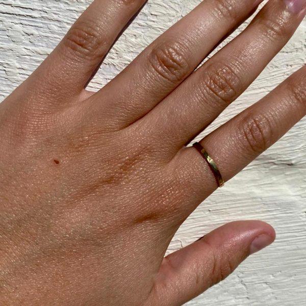 model-ring-brass-koper-gehamerd-hammered