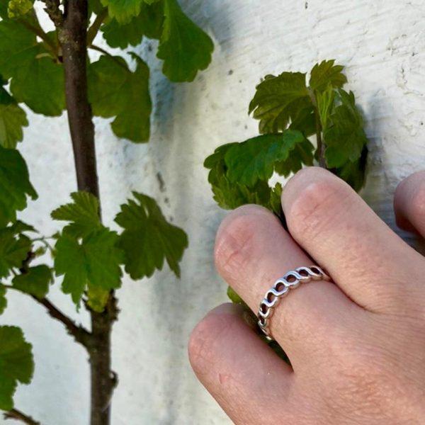 model-ring-zilver