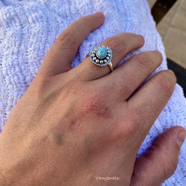 model-ring-zilver-larimar-drop-druppel-dots