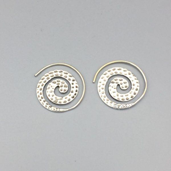 oorringen-crazy-loops-hoops-zilver-1.jpg