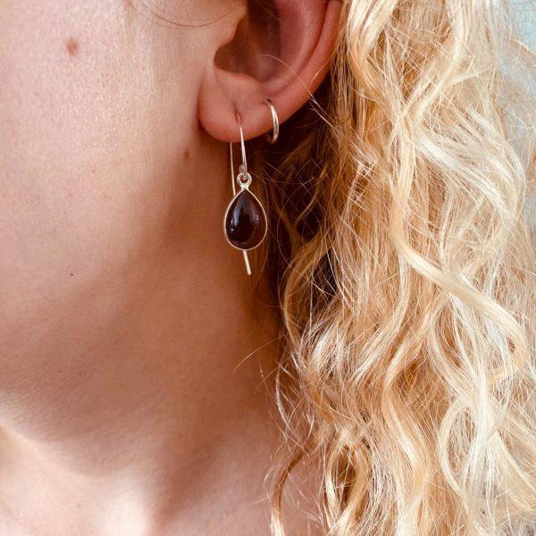 oorringen-earrings-big-granaat-garnet-loops-hoops