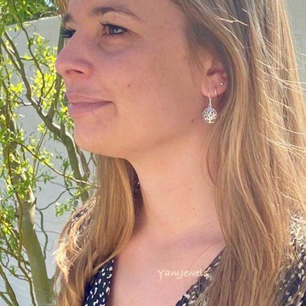 oorringen-earrings-model-tree-of-life