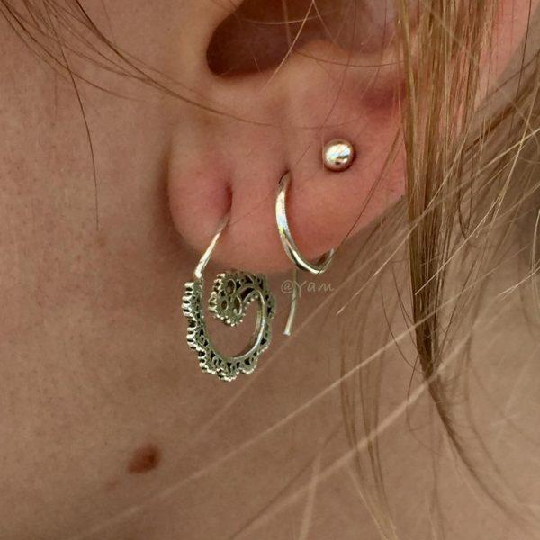 oorringen-model-mini-zilver-loop-earrings