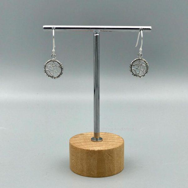 oorringen-zilver-ohm-universeel-teken-rond-1.jpg