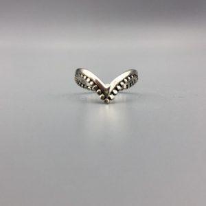ring-Vvorm-dots-sterling-zilver.jpg