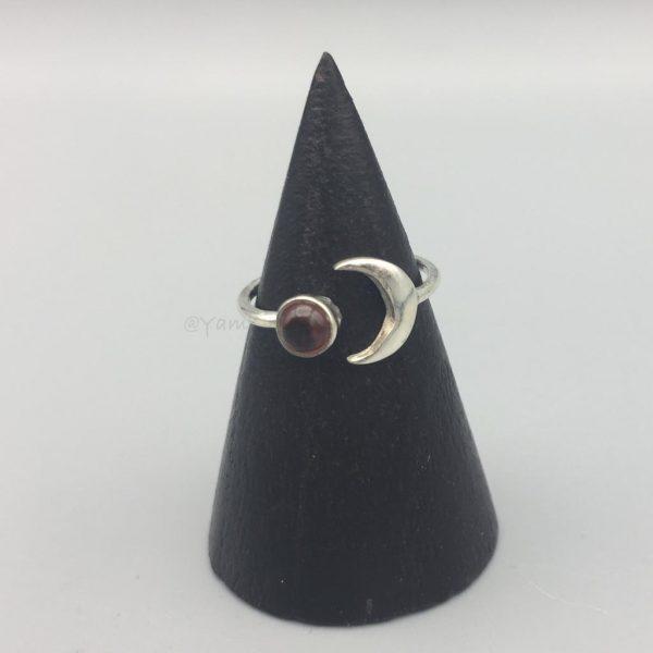 ring-maan-granaat-zilver