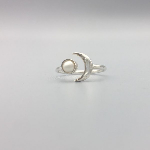 ring-parelmoer-zilver-1.jpg
