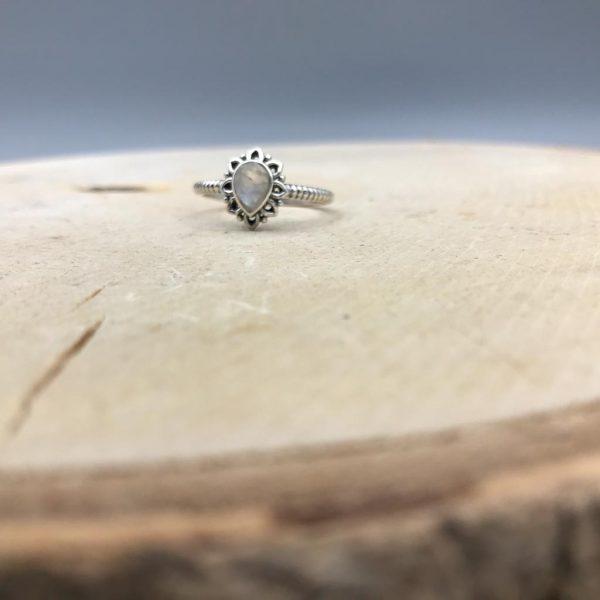 ring-maansteen-druppel-drop