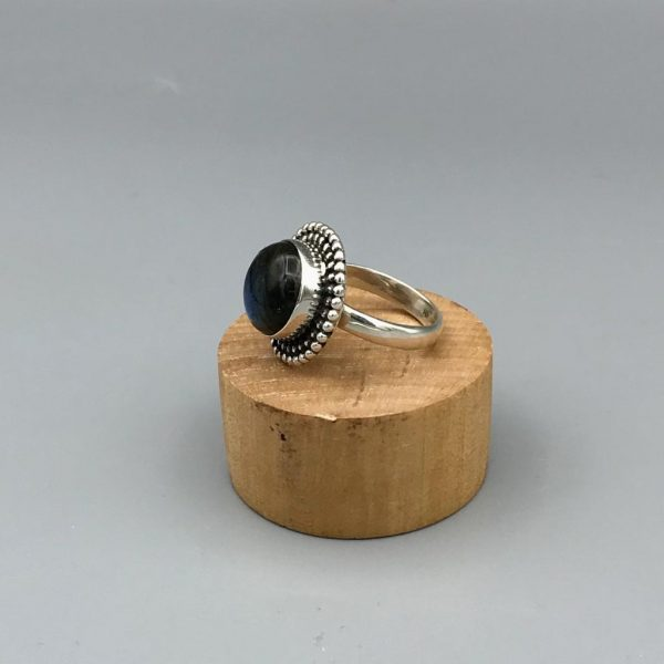 ring-medium-onyx-sterling-silver-zilver-1.jpg