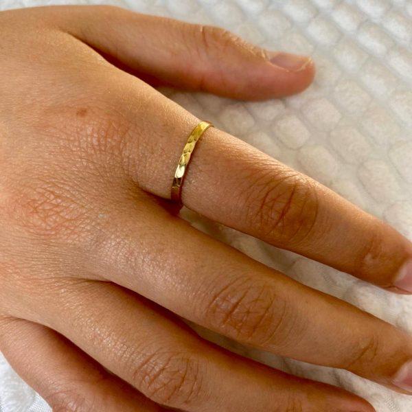 ring-model-hammered-brass-koper