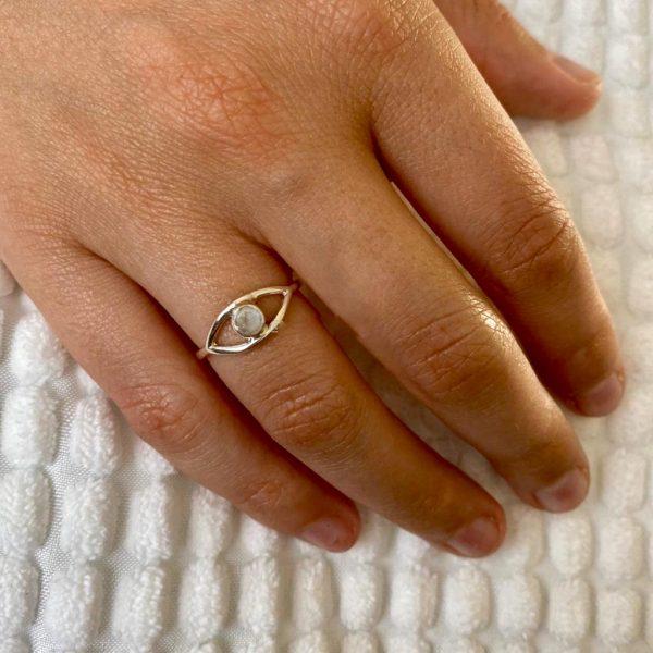 ring-model-maansteen-rond-zilver-41