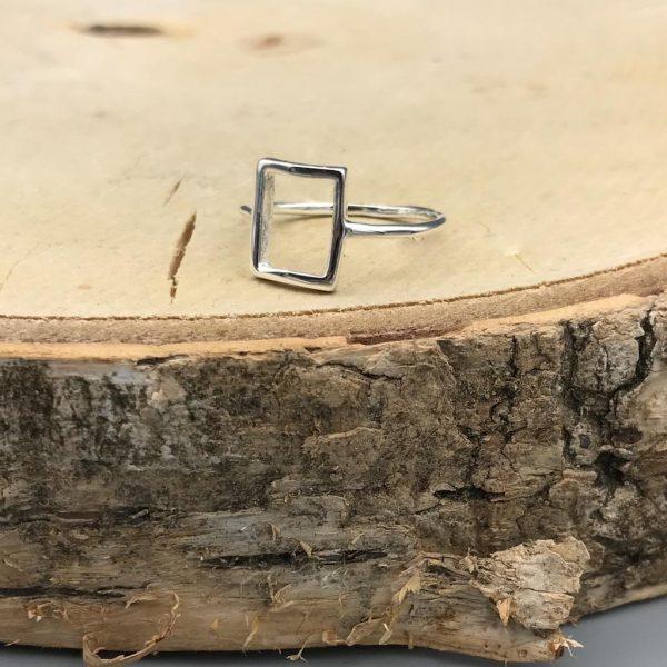ring-square-zilver-1.jpg