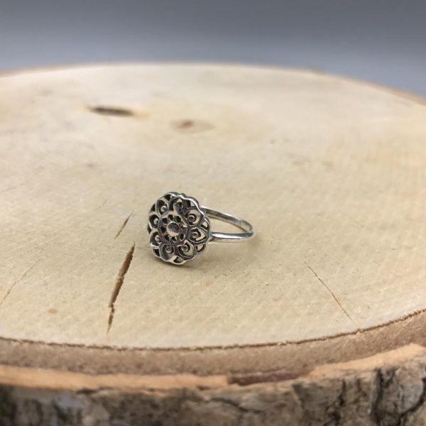 ring-zilver-flower-bloem-beauty.jpg