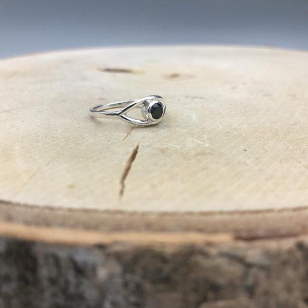 ring-zilver-onyx-elips-2.jpg