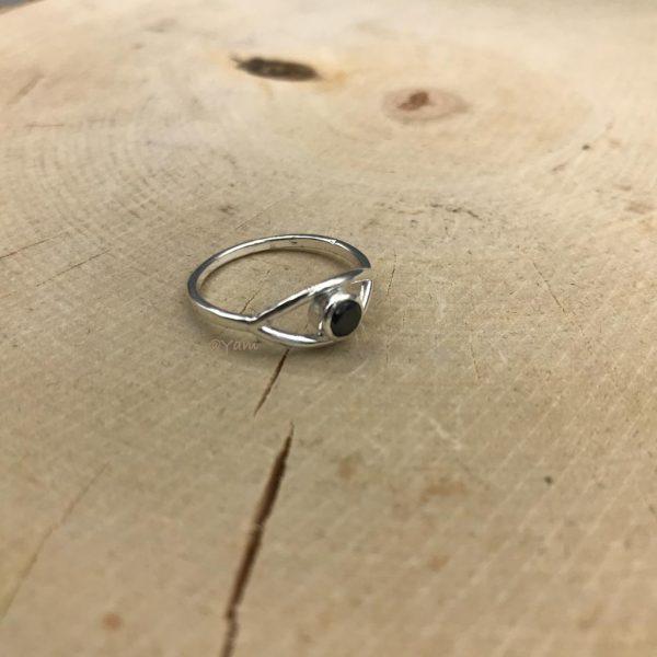 ring-zilver-onyx-elips.jpg