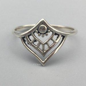 ring-zilver-v-vorm-dots.jpg