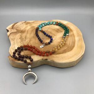 108-mala-chakra-maan-zilver
