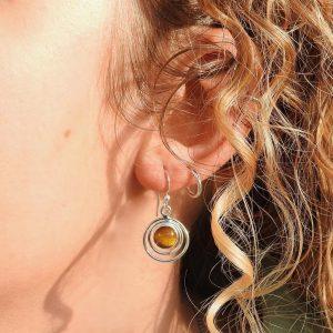 earrings-model-tigerseye-tijgeroog-oorringen-sterling-silver-925-yamjewels