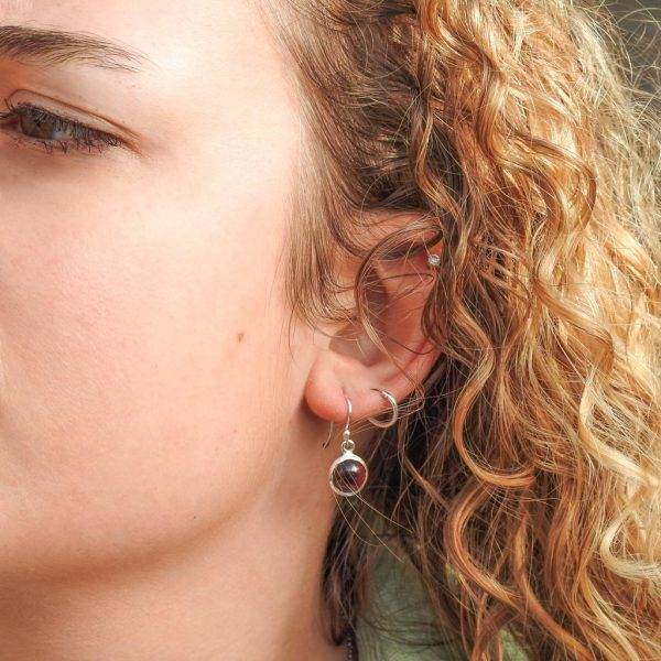 oorringen-model-earrings-granaat-garnet-925-round-yamjewels