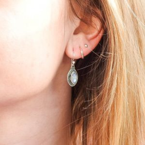 oorringen-model-earrings-maansteen-moonstone-925-elips-yamjewels
