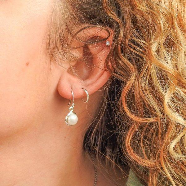 oorringen-model-earrings-parelmoer-motherofpearl-925-round-yamjewels