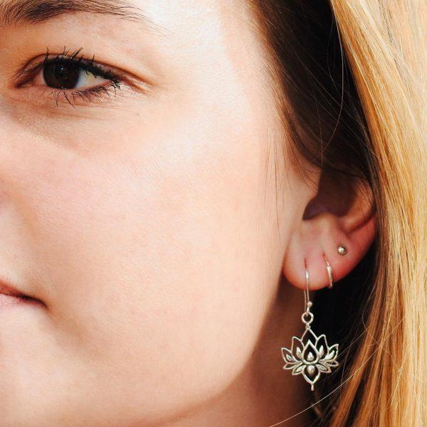 oorringen-model-sterling-silver-lotus-925-yamjewels