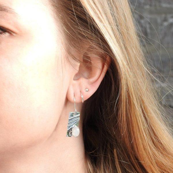 earrings-model-sterling-silver-925-maansteen-moonstone-yamjewels