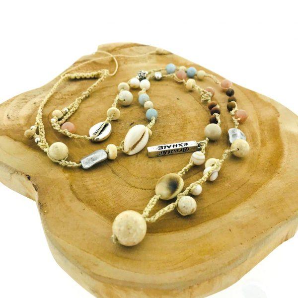 Necklace-summervibes-summerfeeling-larimar-cowryshell-buddha-natural-fossil-natuurlijk-fossiel-motherofpearl-parelmoer-sandalwood-sandelhout-shivashell-maansteen-moonstone-yamjewels