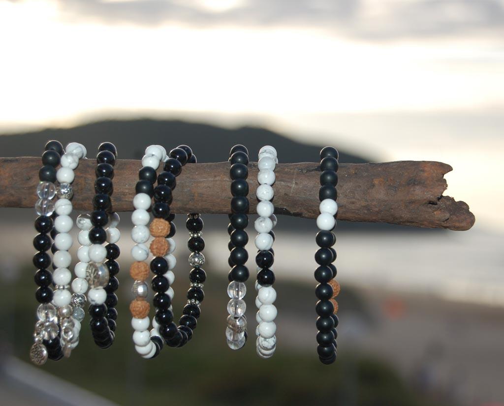 sfeer-summer-black-white-bracelets-yamjewels